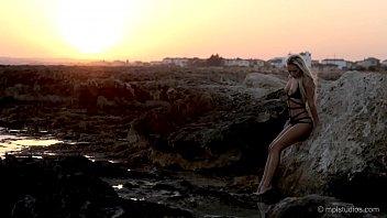 karissa diamond - sunset beach