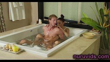 sizzling tub with yummy gal
