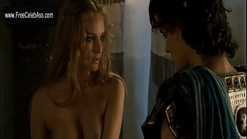diane kruger in  troy 2004