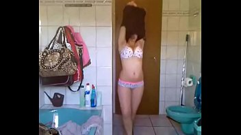 Desi Indian girl Aishwarya with bomb-figure giving striptease in front of Cam
