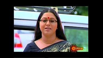 mallu serial actress lakshmi priya stomach button thru saree