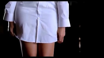 anushka shetty crimson-hot sans pants