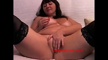 Donna Masturbates on Cam, Free MILF Porn Video e - insanecam.ovh
