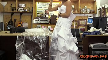 blondie pawns wedding sundress and penetrated at the pawnshop