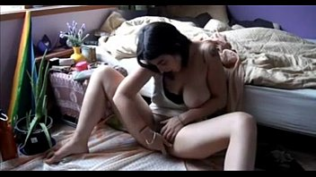 Hairy amateur teen masturbation on webcam - slutycams.net