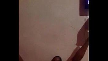 angolana puta fazendo flick para o namorado caiu.