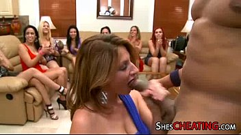 gigolos with bigdick gets oral at.