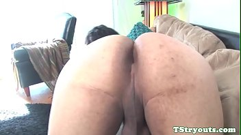 Amateur shemale rubbing cock at sex audition