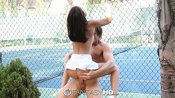 hd fantasyhd - tiny dillion harper gets smashed.
