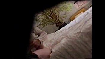 true covert web cam see my mum tugging.