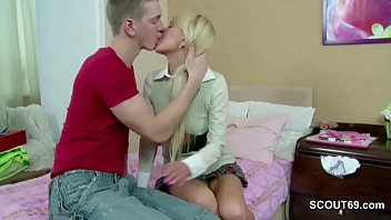 extrem ultra-cute sister-in-law get first-ever time assfuck pound.