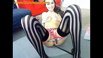 bashful nubile flashes her wondrous culo on web cam