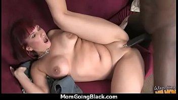 Hot mom receive a huge black dick porn video 22