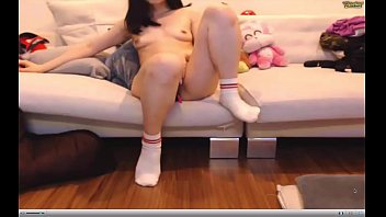 nubile demonstrate web cam