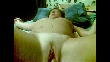 sarah wants her fanny toyed with.