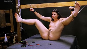 jumpy damsel shoved to her thresholds