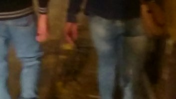 culona peruana por la calle