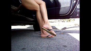 latina salvadorian gorgeous gams and sandal.